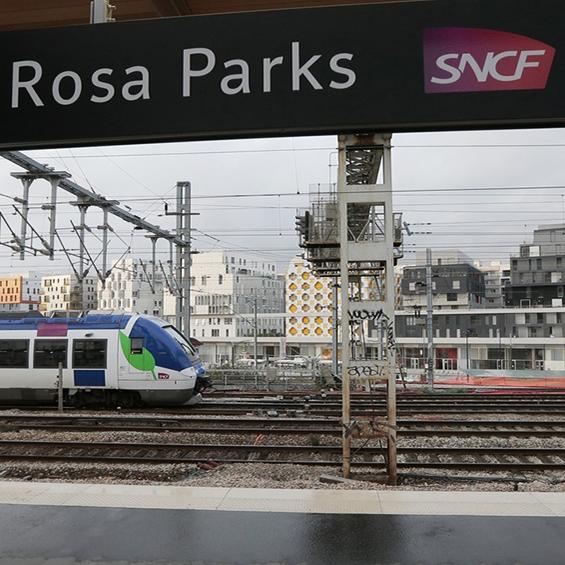 Paris 19e gare rosa parks - Paris rosa parks ...